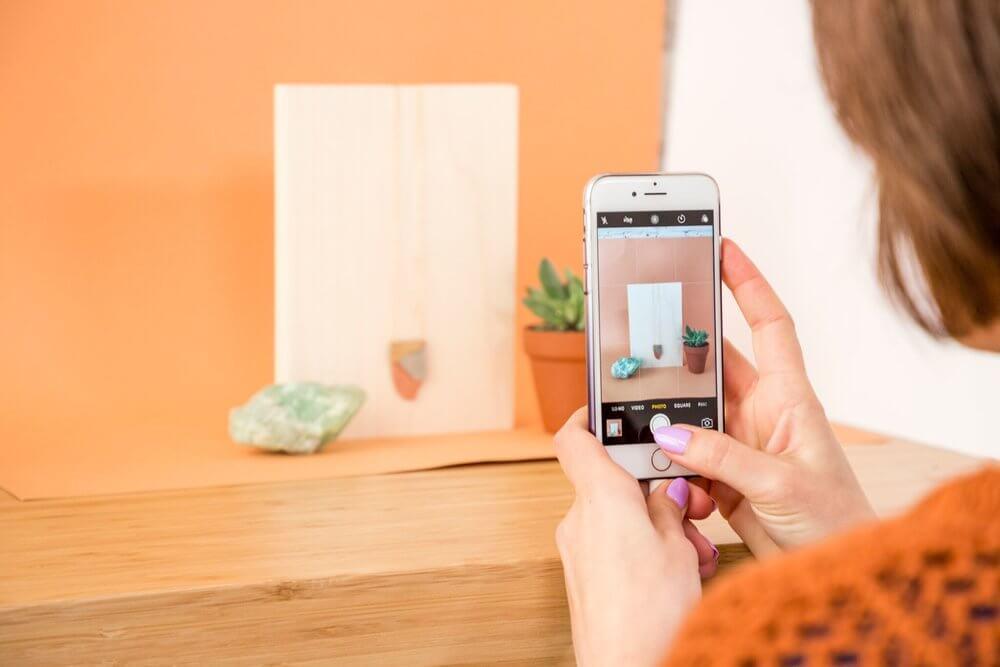 cara foto produk dengan smartphone
